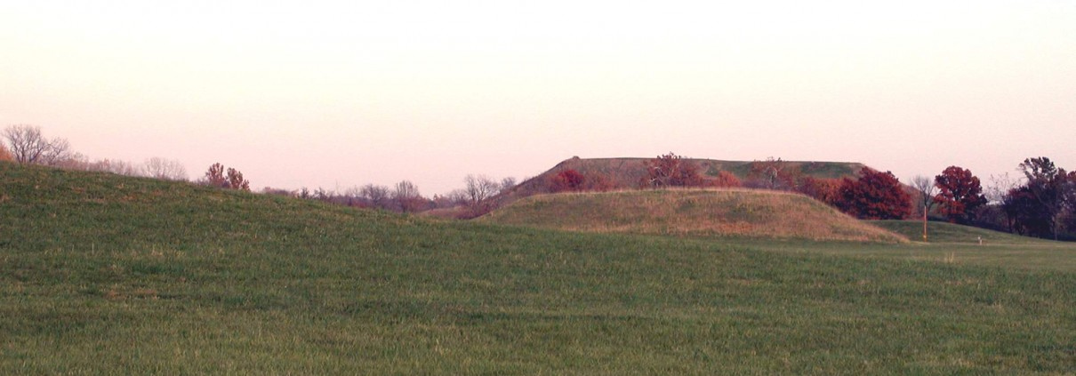 Mounds 44, 42, 41 from Woodhenge3